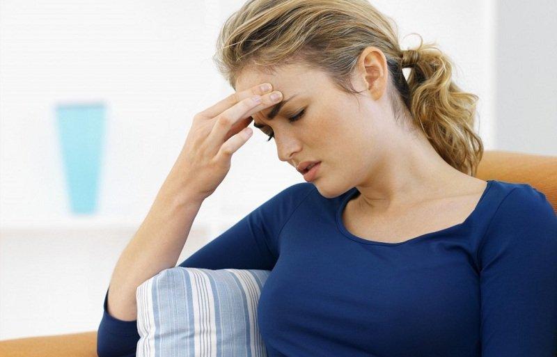 Почему болит лоб