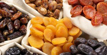 Чем полезны сушеные фрукты