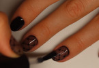 Колготки на ногтях