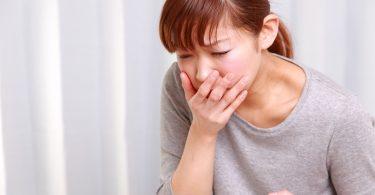 Почему болит голова и тошнит