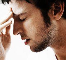Из-за чего болит лоб