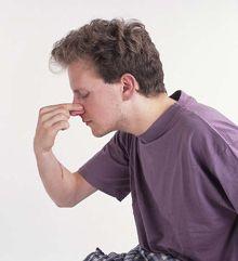 Как остановить кровотечение из носа в домашних условиях